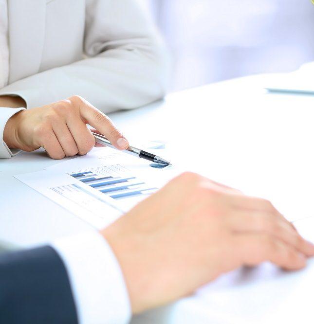 confirming cesión de pago a proveedores cobro de facturas gestión empresarial solvencia liquidez financiera OGE Consultores