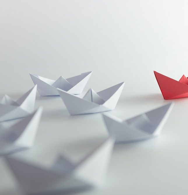 liderazgo gestión empresarial delegar tareas clima laboral motivación OGE Consultores
